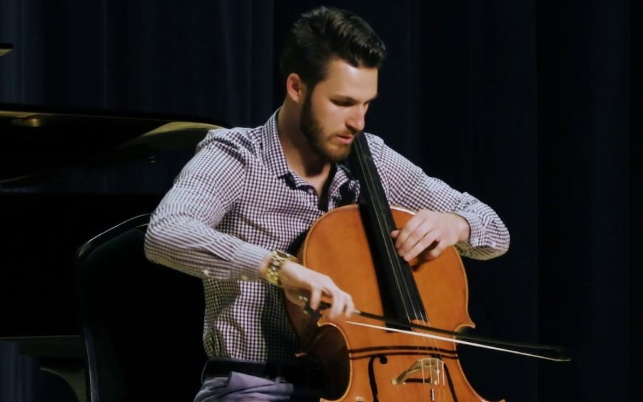 Devon Zubka (cello)