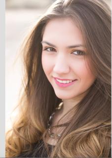 Lacy Daskalova (voice, piano)